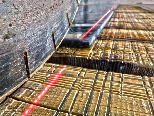 Proyección láser para máquinas corte de piedra